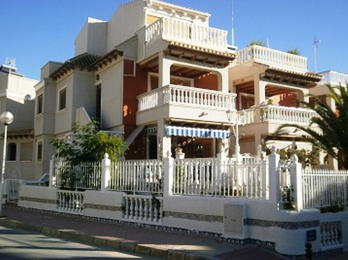 Property for sale - Villa for sale - Guardamar del Segura - Campomar