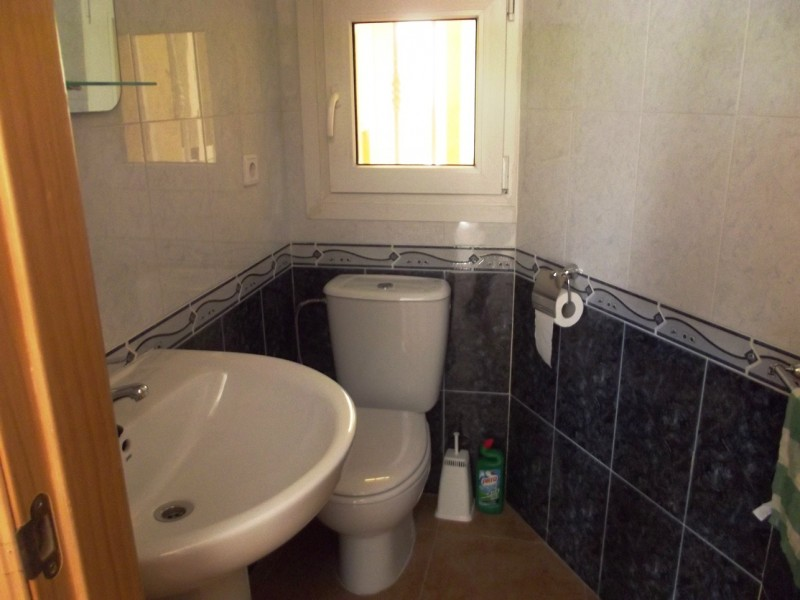 Close to Playa Flamenca and Los Dolses for sale on Spains Orihuela Costa, cheap, bargain property for sale in La Zenia.