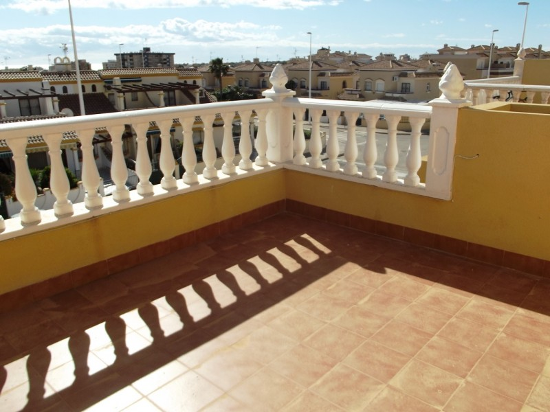 For sale close to Playa Flamenca and Cabo Roig on Spains Orihuela Costa, cheap bargain property for sale in La Zenia.