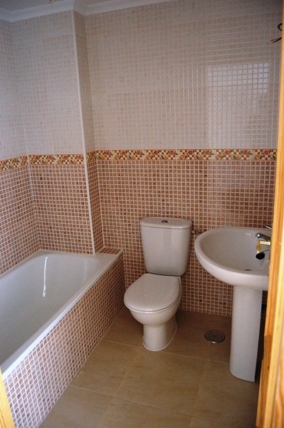 Cheap bargain property for sale in Los Montesinos, cheap property in Los Montesinos for sale near Torrevieja,Costa Blanca, Spain