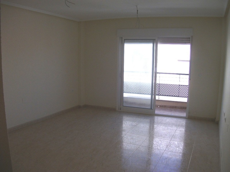 San Miguel cheap property in San Miguel, cheap bargain property for sale near Los Montesinos and Torrevieja, Costa Blanca