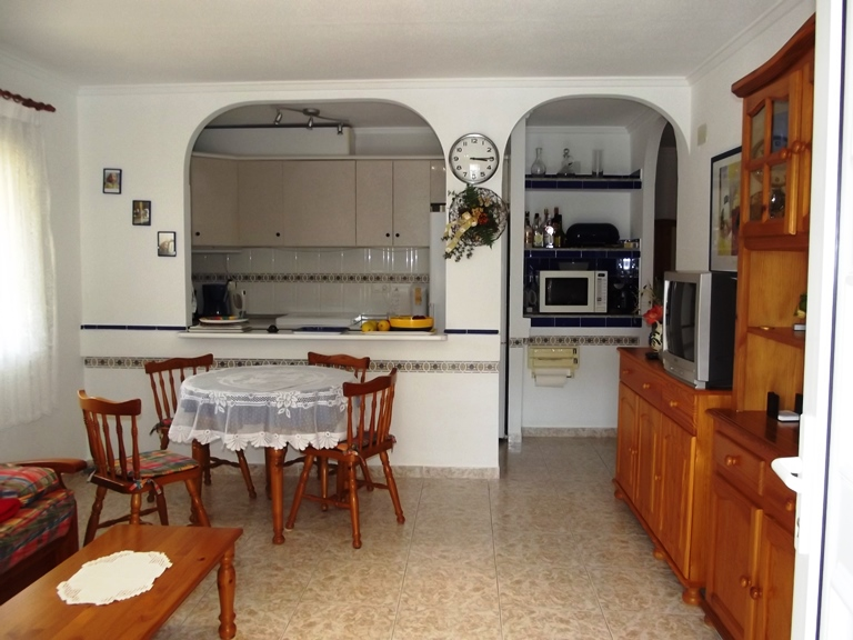 San Luis cheap bargain property near Torrevieja