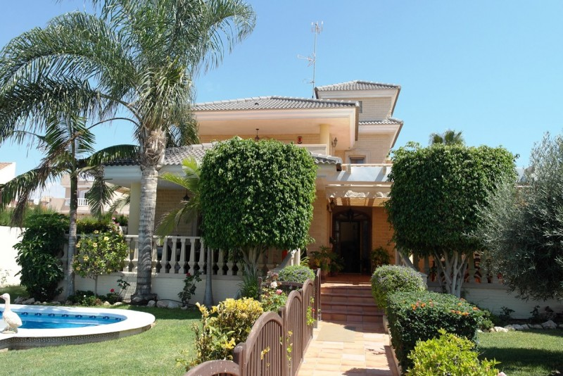 Villa for sale in Costa Blanca Aguas Nuevas Spain