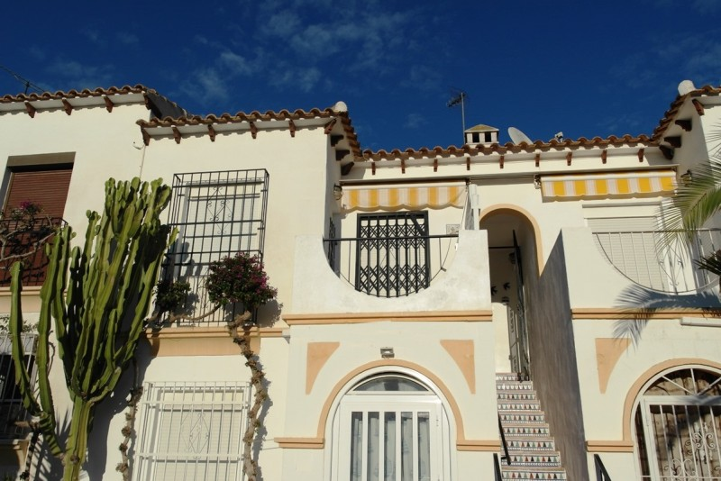 Cheap Bargain property for sale in Villamartin Costa Blanca Spain