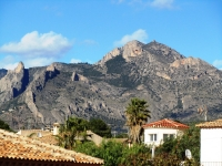 Bargain property in Busot close to Bonalba golf and alicante, cheap bargain property for sale in Busot costa blanca spain