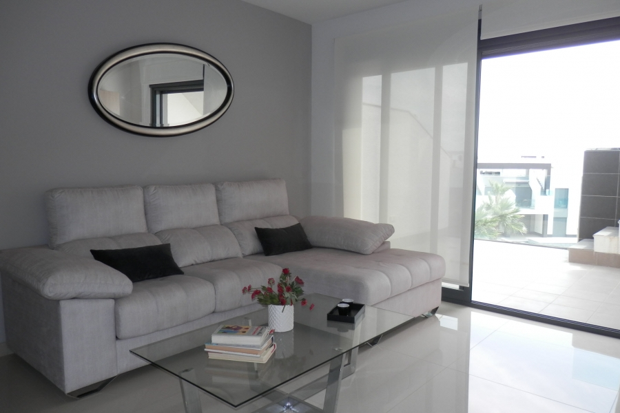 New Property for sale - Apartment for sale - Guardamar del Segura - El Raso