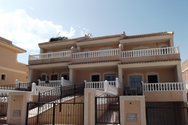Townhouse for sale - New Property for sale - Torrevieja - Los Altos