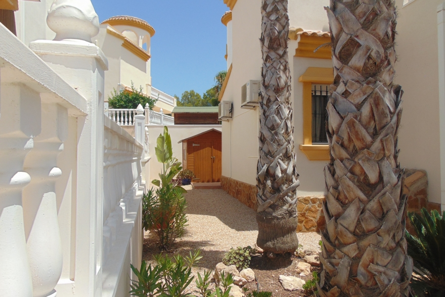 Property Sold - Villa for sale - El Pinar de Campoverde - Campoverde