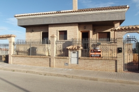 Villa for sale - Property for sale - Los Montesinos - La Herrada