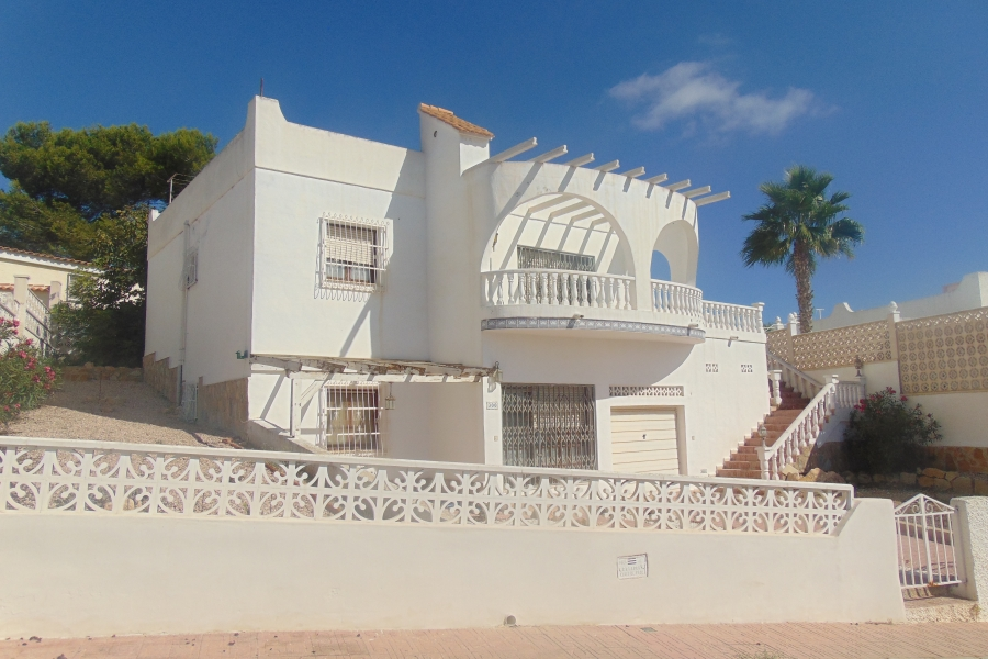 Property Sold - Villa for sale - Orihuela Costa - Blue Lagoon
