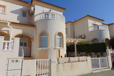 Villa for sale - Property for sale - Torrevieja - Agua Nuevas