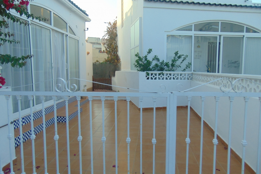 Property for sale - Bungalow for sale - Torrevieja - Los Balcones