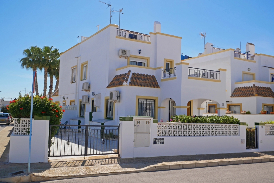 Property Sold - Villa for sale - Torrevieja - Jardin del Mar