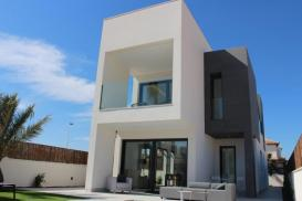 Villa for sale - New Property for sale - La Marina - El Pinet