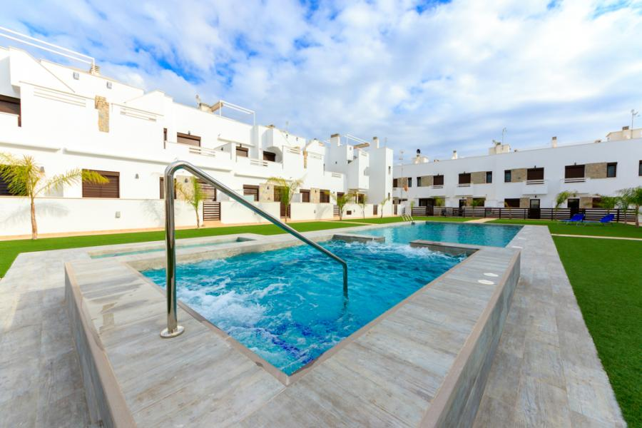 New Property for sale - Townhouse for sale - Torrevieja - La Torreta Florida