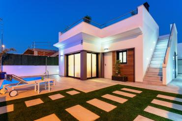 Villa for sale - New Property for sale - Los Alcazares - Roda