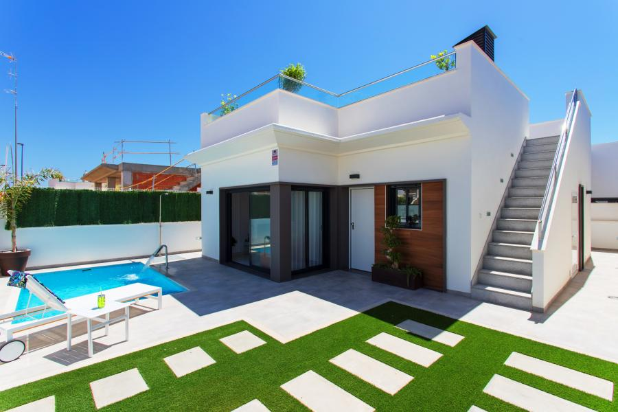 New Property for sale - Villa for sale - Los Alcazares - Roda