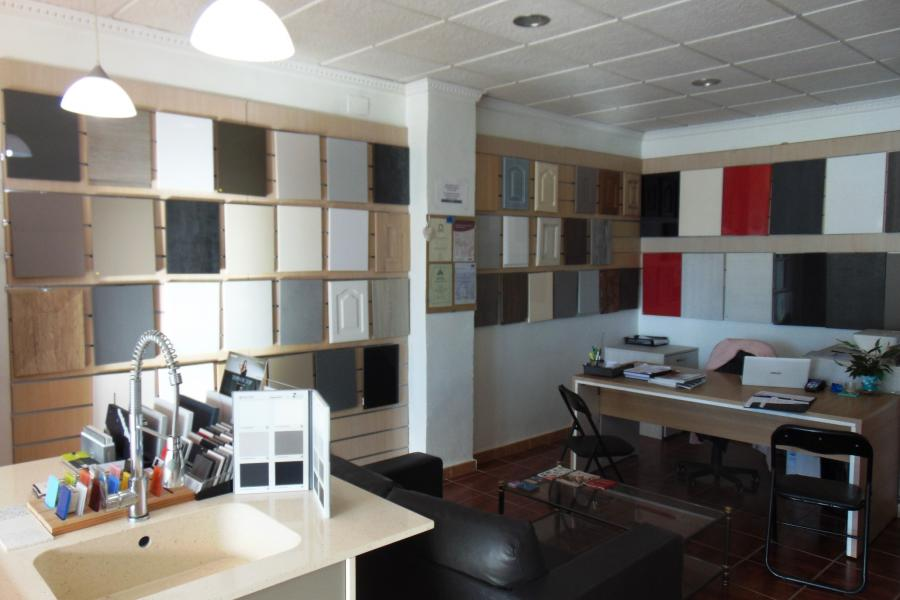 Traspaso - Commercial Premises for Rent - Los Montesinos