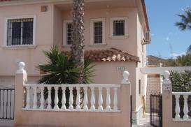 Townhouse for sale - Property for sale - Torrevieja - Torrevieja Town Centre