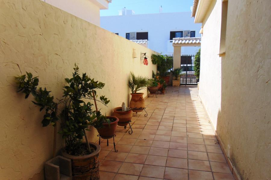 Property for sale - Villa for sale - Torrevieja - Torrevieja Town Centre