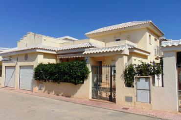 Villa for sale - Property for sale - Torrevieja - Torrevieja Town Centre