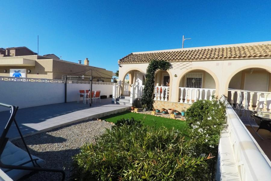 Property Sold - Bungalow for sale - Balsicas - Sierra Golf
