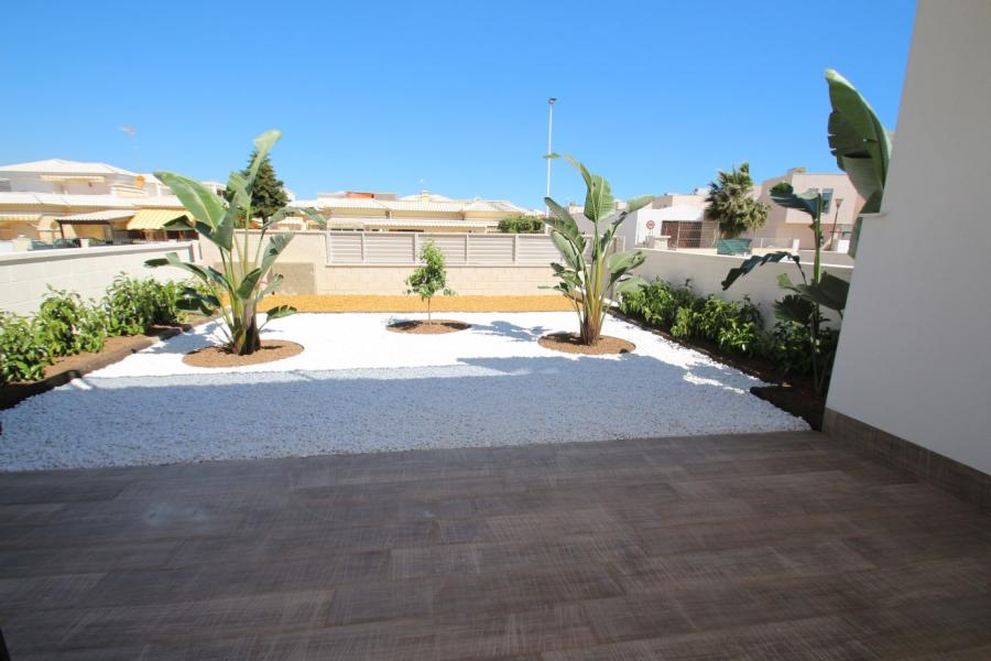 New Property for sale - Bungalow for sale - Torrevieja - Torrevieja Town Centre